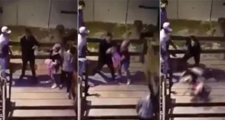 Patovica tiró por las escaleras a una chica y le provocó una fractura expuesta