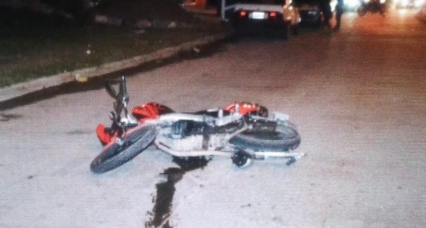 San Luis: un auto y una moto protagonizaron un accidente en el Barrio 1° de Mayo