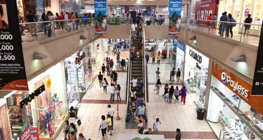 Las ventas en los supermercados cayeron en marzo 14,5% y en los shoppings 16,6%