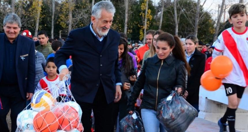 Un nuevo espacio para toda la familia: el gobernador inauguró en San Pablo un amplio polideportivo
