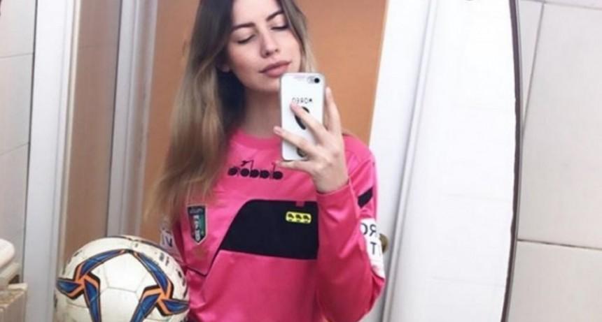 Escándalo en Italia: un jugador se bajó los pantalones y le ofreció tener sexo a una árbitra en pleno partido