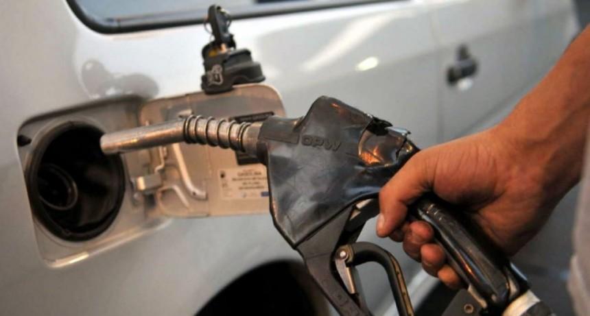 El Gobierno frenó el aumento en la nafta previsto para este sábado