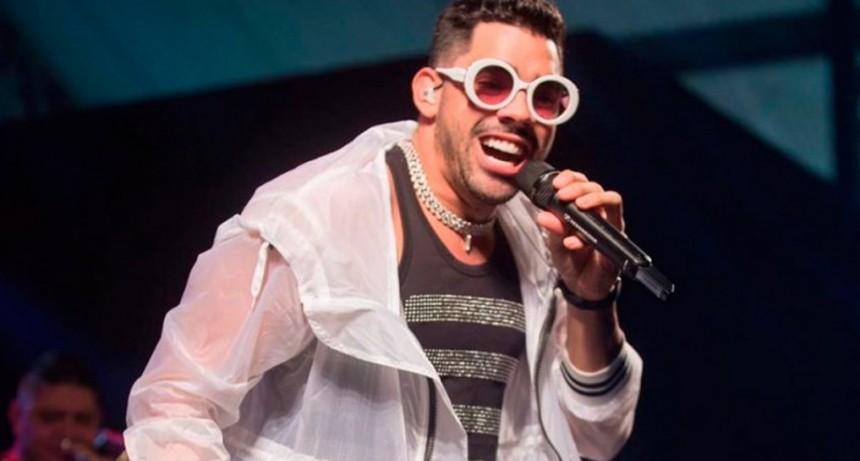 El cantante brasileño Gabriel Diniz murió en un accidente aéreo