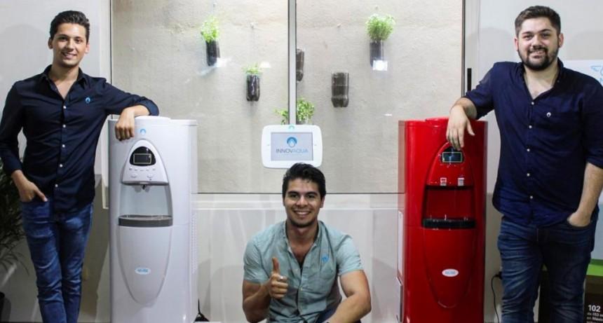 ¿Una máquina que hace agua con aire? Sí, estos mexicanos lo lograron