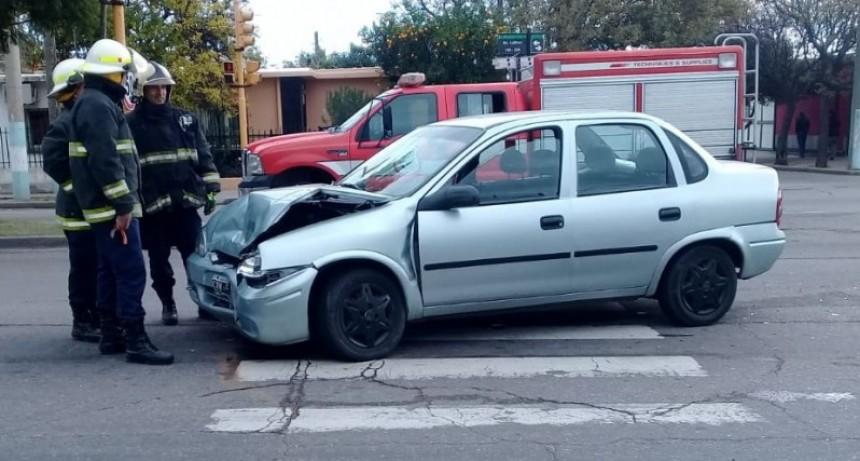 San Luis: dos autos chocaron en la Avenida Lafinur