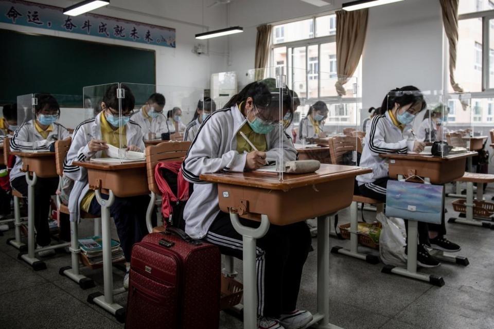 Los estudiantes volvieron a clases en Wuhan, epicentro del coronavirus en China