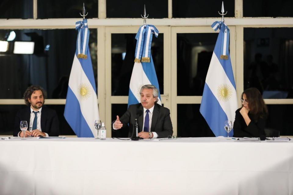 Alberto Fernández lanzó Argentina Construye: un plan de viviendas populares para generar 750.000 empleos
