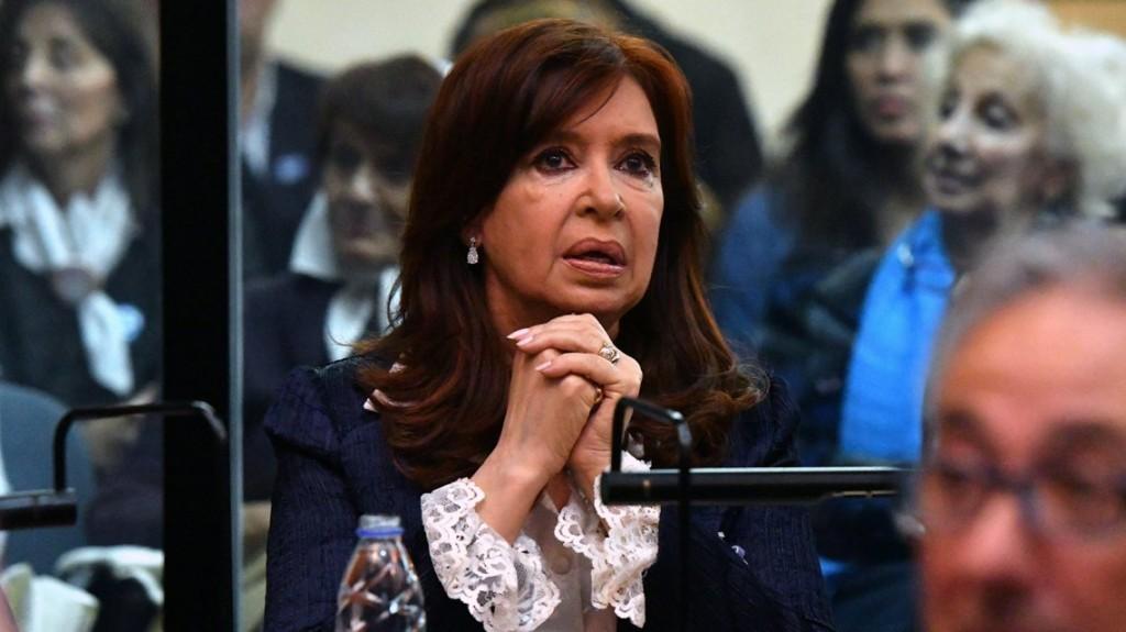 Sin Cristina Kirchner, arrancó la tercera audiencia del juicio por la obra pública