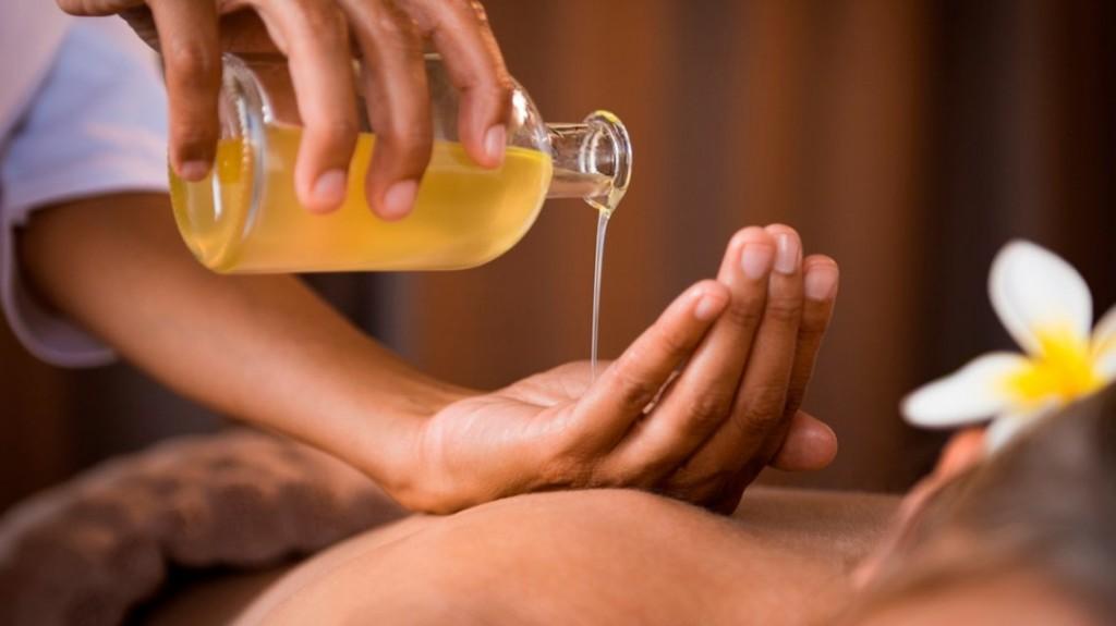 La Anmat prohibió un aceite para masajes y dos productos médicos