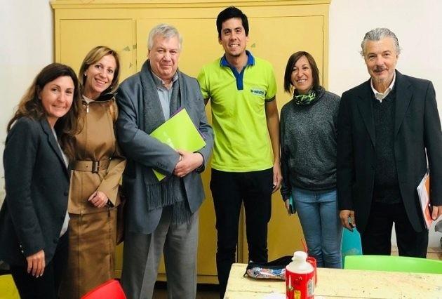 """Autoridades de la UBA visitaron la Escuela Generativa """"Universo D-Mentes"""""""