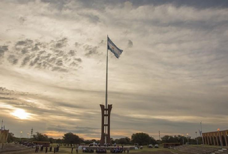 Más de 300 alumnas y alumnos prometerán lealtad a la Bandera