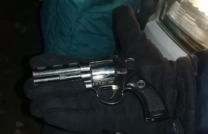 San Luis: detuvieron a un motociclista que tenía un revólver