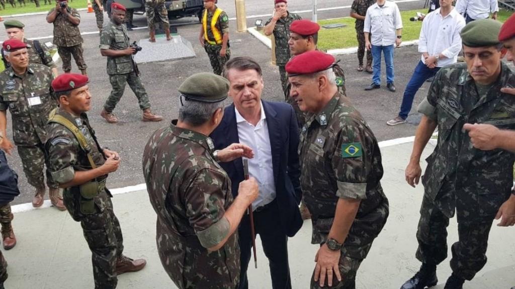 España: detuvieron a un militar de la comitiva de Bolsonaro con 39 kilos de cocaína