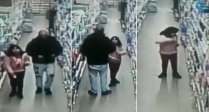 Triste video: padre obliga a su nena a robar en supermercado