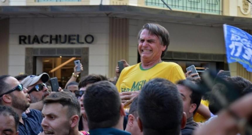 Absolvieron al hombre que acuchilló a Bolsonaro