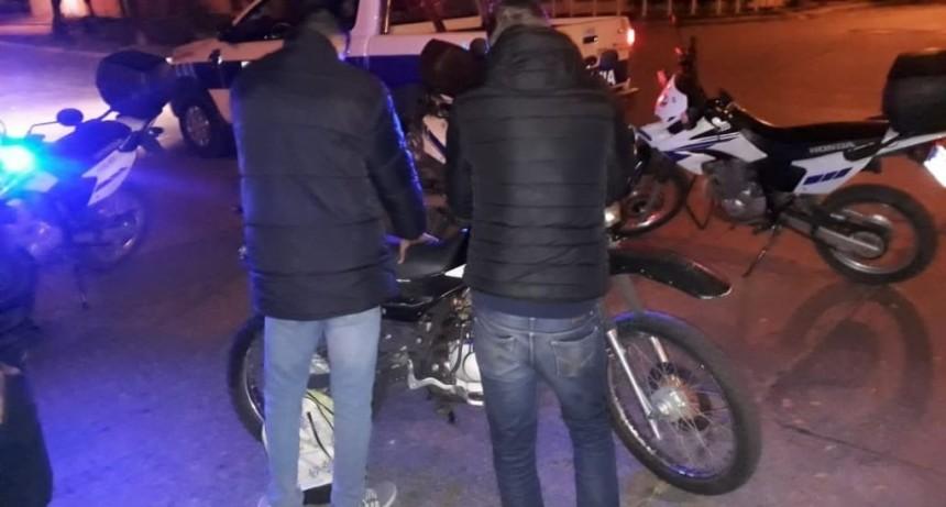 San Luis: detuvieron a motociclistas que tenían droga y un arma blanca