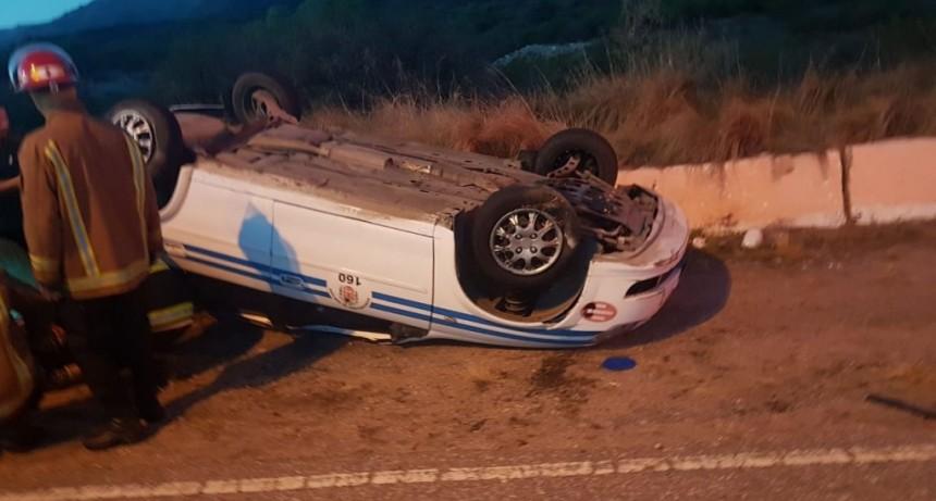 San Luis: un taxi volcó en la Autopista 25 de Mayo