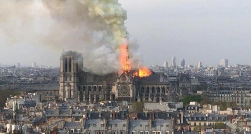 La fiscalía de París descartó que el incendio de Notre Dame haya sido intencional