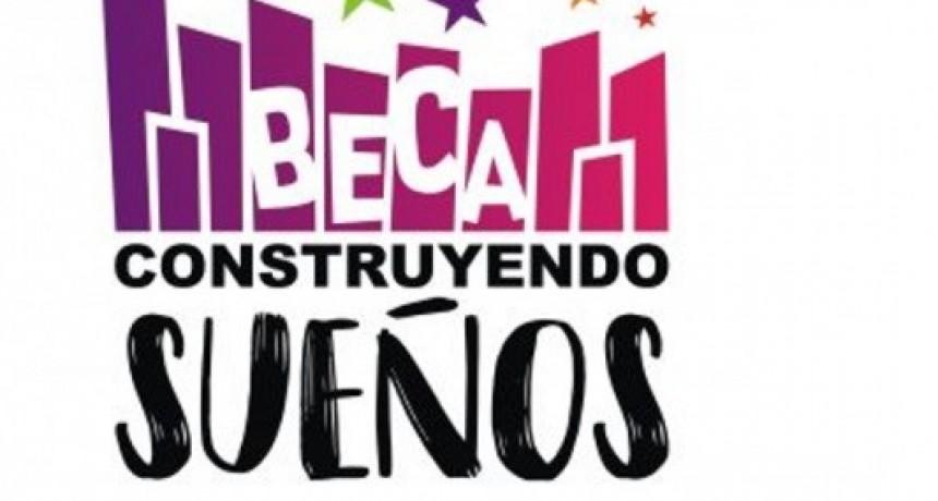 """Cobran los beneficiarios de la Beca """"Construyendo Sueños"""""""