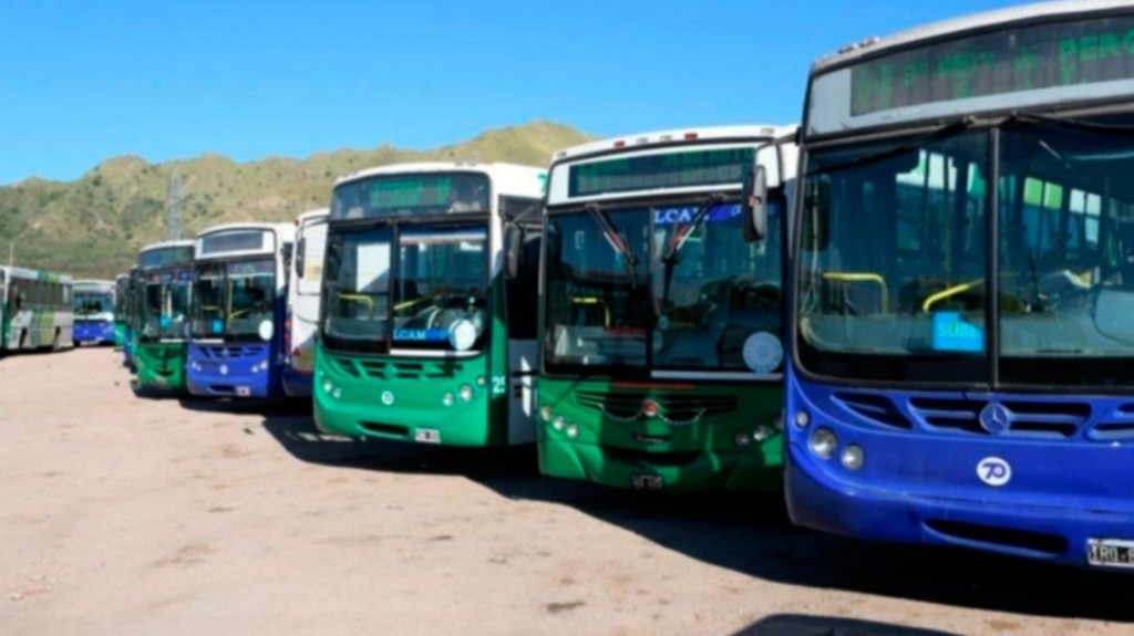 Paro de transporte: no hubo acuerdo y no hay colectivos en la mayor parte del país