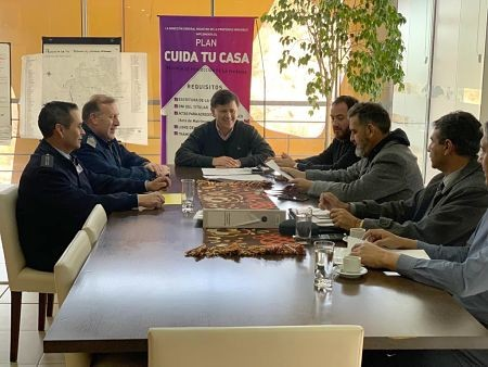 Acuerdo de colaboración entre la Fuerza Aérea y la Policía de la Provincia para la seguridad en las PASO
