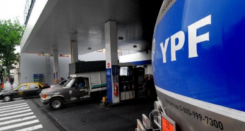 YPF aumentó un 2,5% las naftas