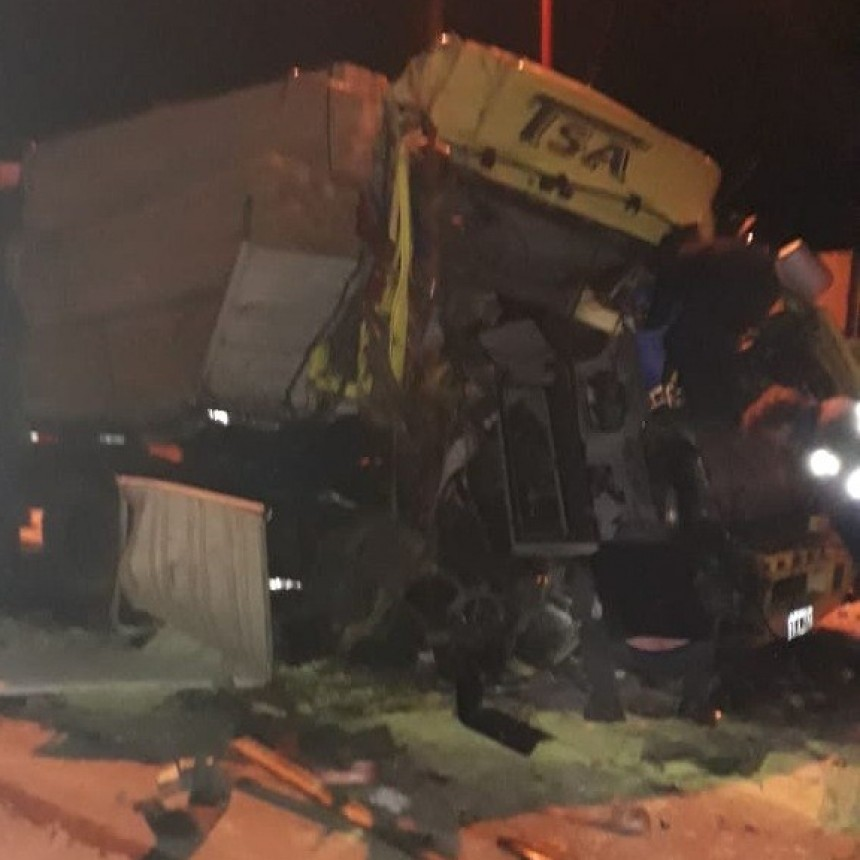 San Luis: dos camiones chocaron en la Autopista de las Serranías Puntanas
