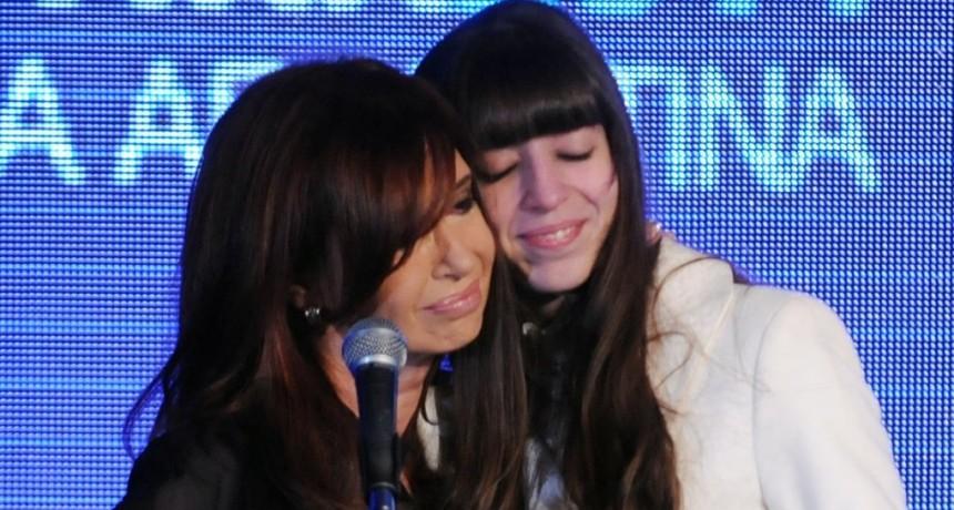 Cristina Kirchner viajó nuevamente a Cuba para ver a su hija Florencia