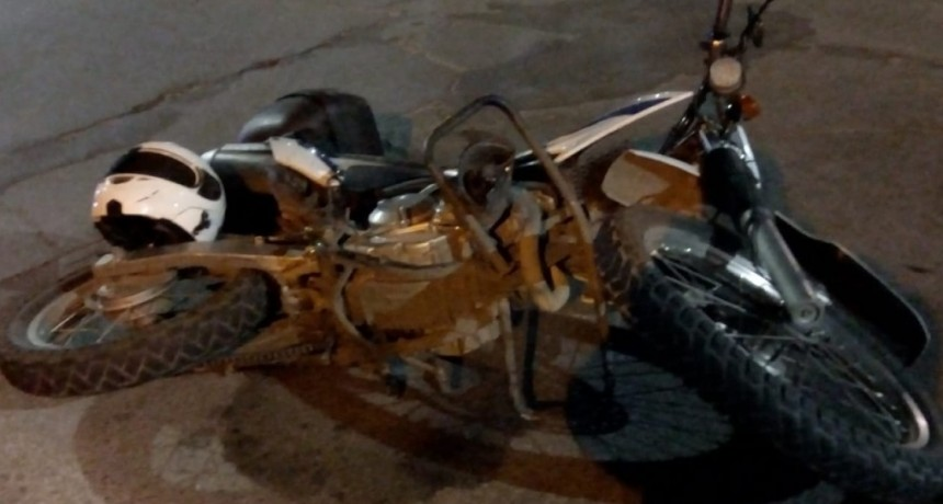 San Luis: dos motoristas del DRIM chocaron en avenida Riobamba