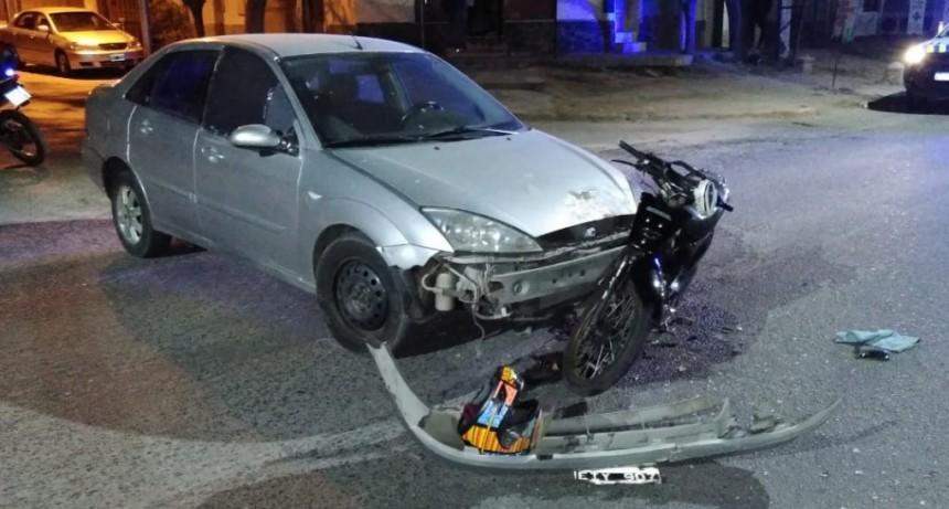 San Luis: un conductor alcoholizado chocó a un motociclista en Avenida Riobamba
