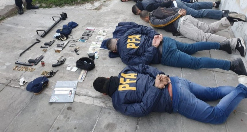 Cayó banda de falsos policías que simulaba allanamientos para desvalijar viviendas