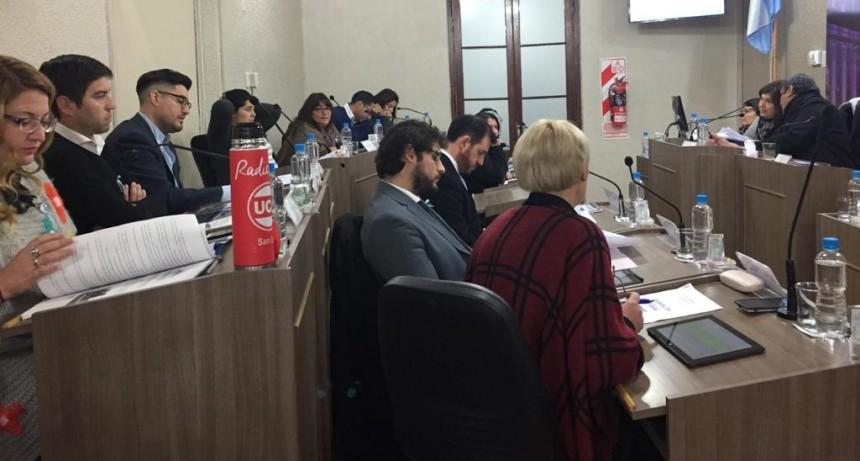 Los concejales abandonaron la sesión para que no se tratará la ordenanza de transparencia y participación ciudadana