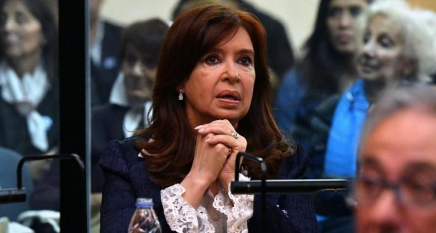 Cristina Kirchner pidió ir a juicio oral en la causa de los cuadernos