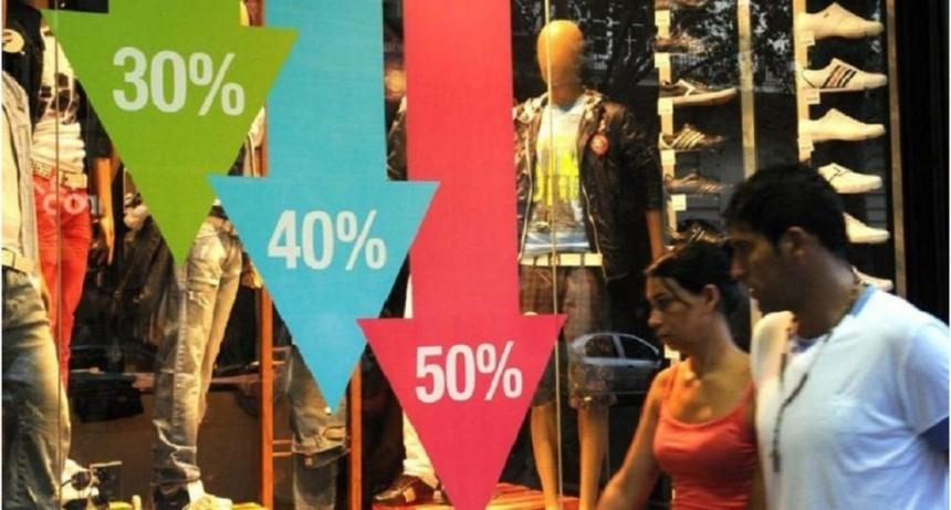 INDEC: Las ventas en supermercados y shoppings acumulan 11 meses de caídas consecutivas