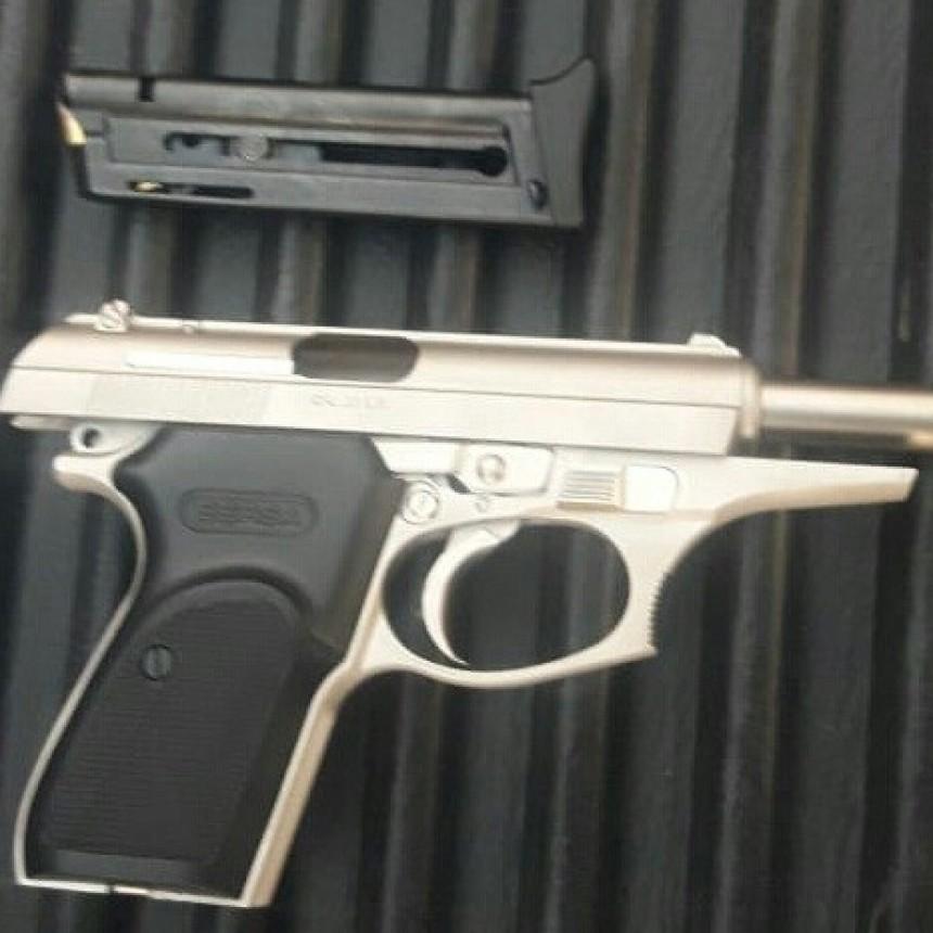 San Luis: detuvieron a dos hombres que tenían un arma de fuego con municiones