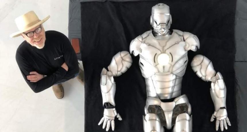 Adam Savage de MythBusters construye el traje de Iron Man, y puede volar