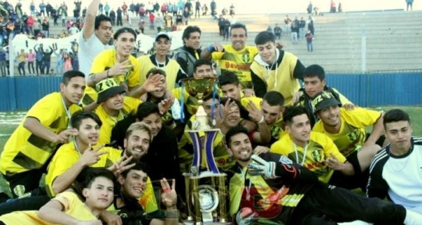 El Deportivo Cruz de Piedra se coronó campeón del Torneo de Primera