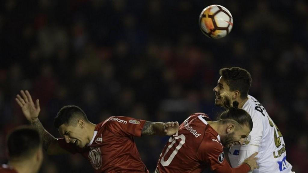 Independiente no pudo con el Santos pero mantuvo el cero en su arco