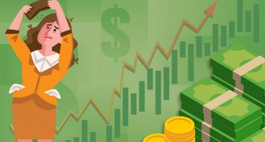Megadevaluación frenética: el dólar superó los $40 en un jueves negro