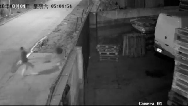 Difunden video de un violador que ataca a nena de 12 en Marcos Paz