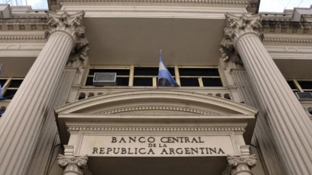 El Banco Central sube la tasa de las Leliq 10 puntos al 74%