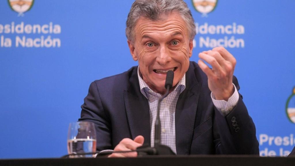 Lunes negro: Macri habló y el riesgo país cerró en 1.467 puntos
