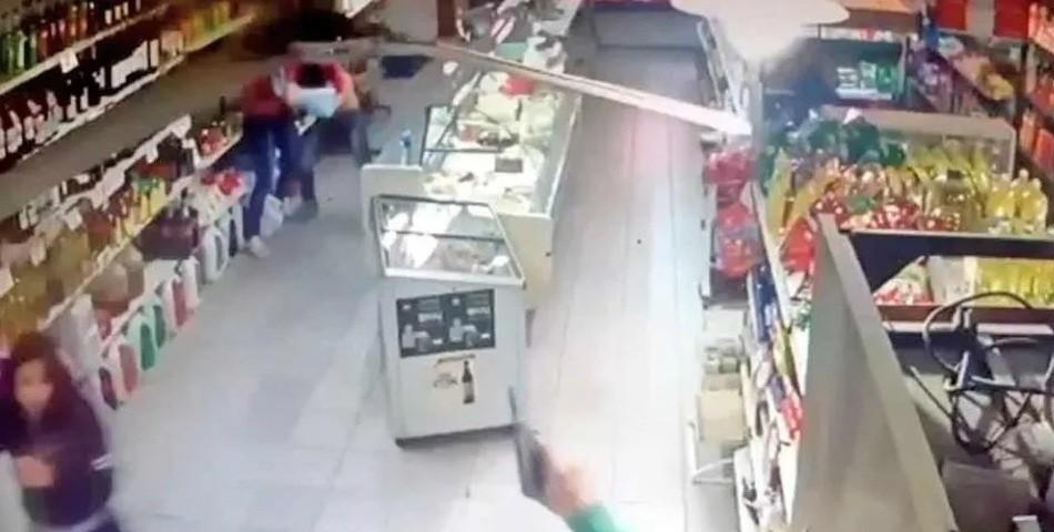 Las chicas superpoderosas: empleadas se resistieron de un robo a los golpes