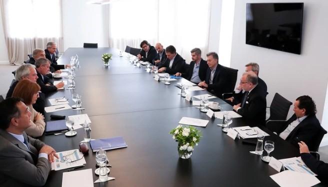 Macri reúne a su Gabinete en Olivos junto a Emilio Monzó tras el anuncio de las medidas económicas