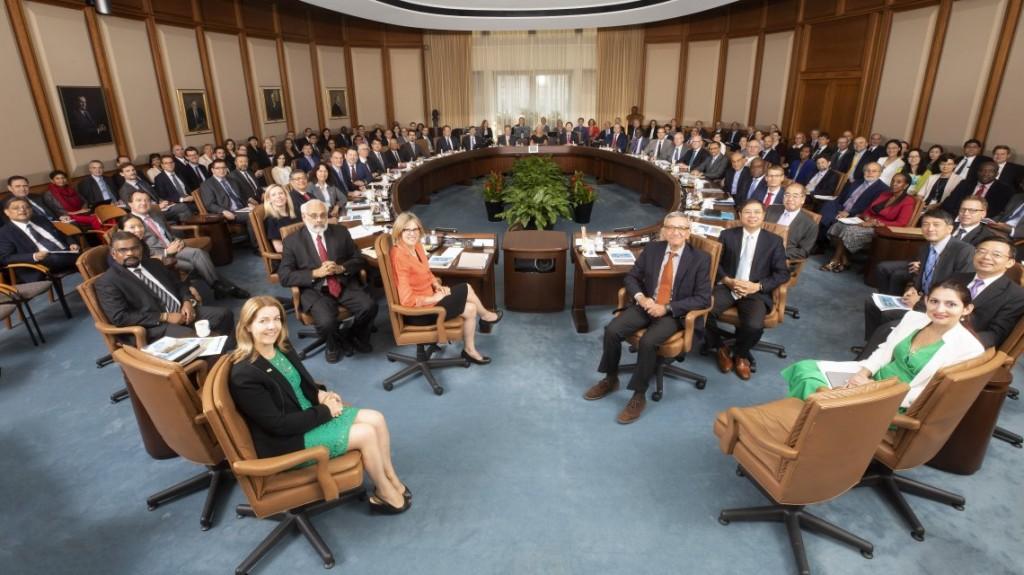 Crisis de deuda: el Directorio Ejecutivo del FMI se reúne para evaluar el reperfilamiento