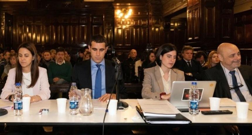 Caso Pérez Volpin: la querella pidió cuatro años y cinco meses de prisión para el endoscopista y tres años en suspenso para la anestesista