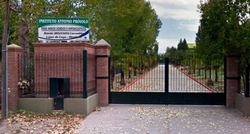 Empezó el juicio por abuso sexual de curas a menores hipoacúsicos en el Instituto Próvolo de Mendoza