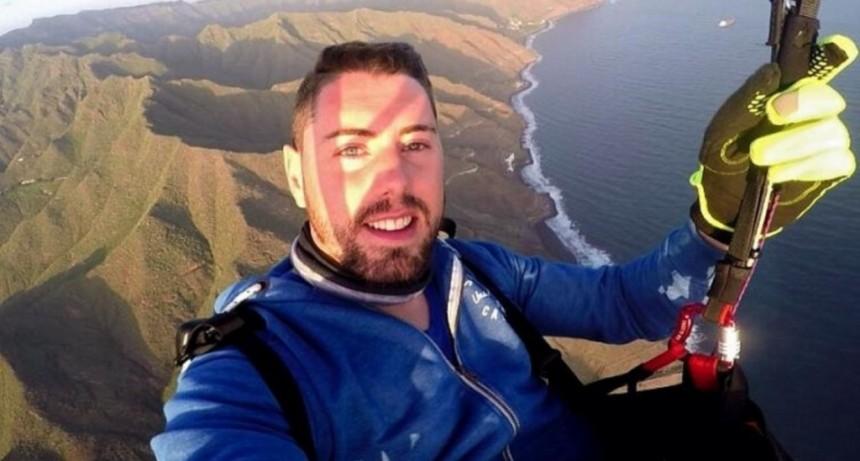 El youtuber Rubén Carbonell murió tras intentar grabar un salto en paracaídas