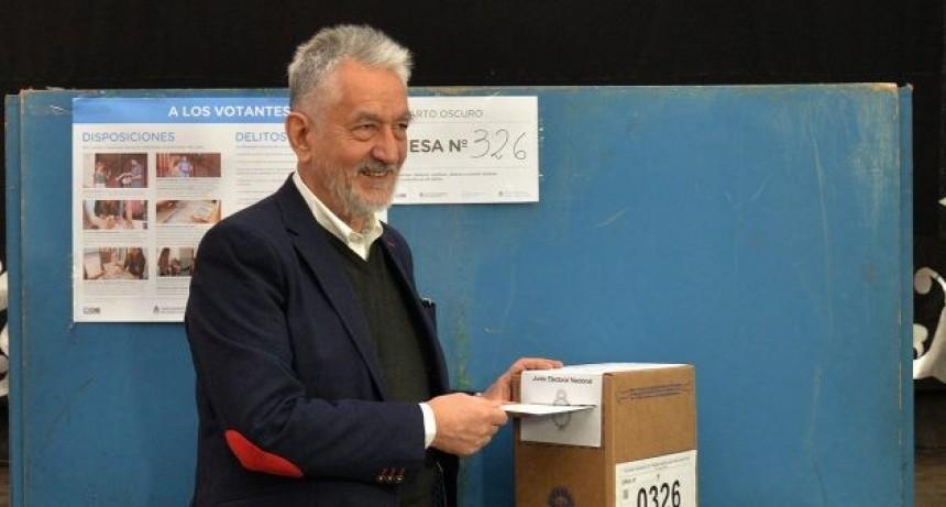 """""""Estas elecciones serán una enorme y muy importante encuesta"""": Alberto Rodríguez Saá"""