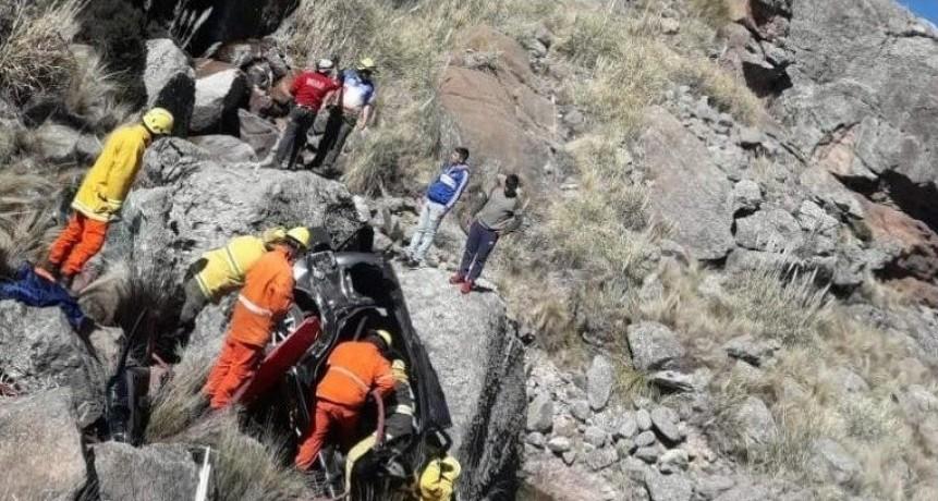 Un nene de 9 años escaló 100 metros en busca de ayuda tras caer a un precipicio en las Altas Cumbres